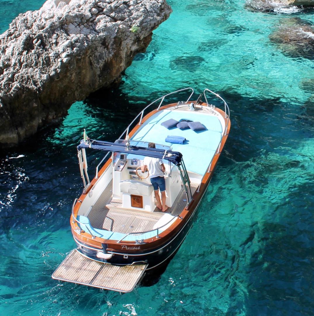Tour delle grotte a Capri