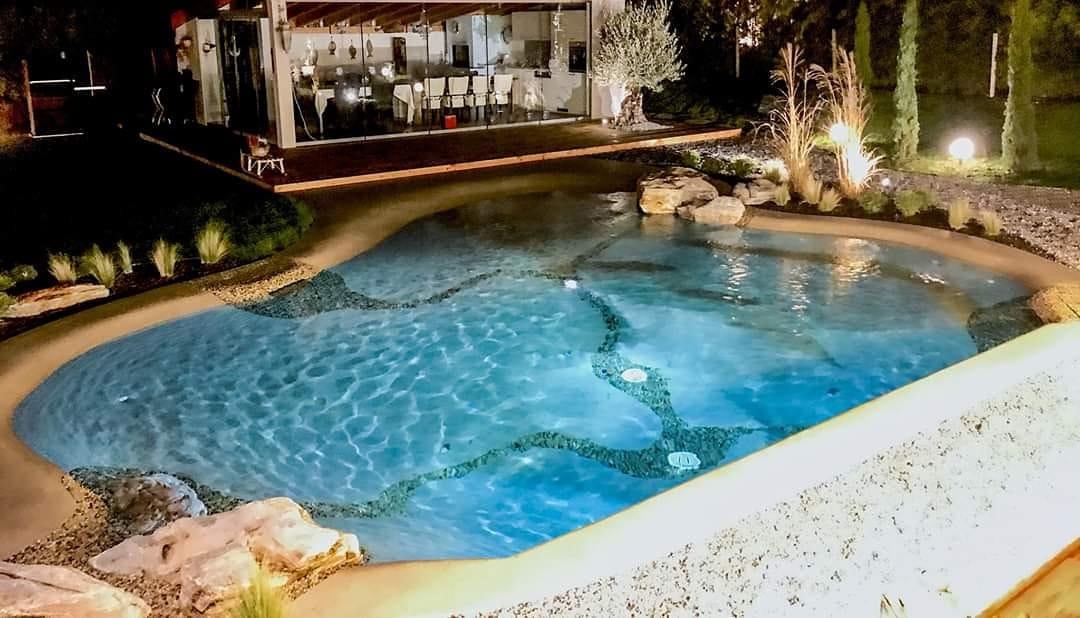 piscine in pietra naturale varese