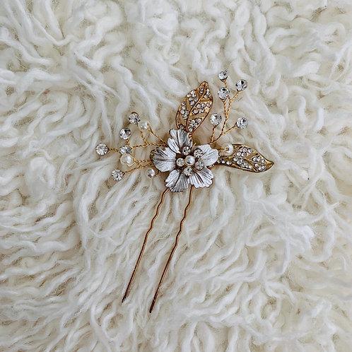 Lotus Flower bomb hair pin