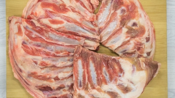 Large Lamb breast bone pieces  – 100% Lamb, Nothing added