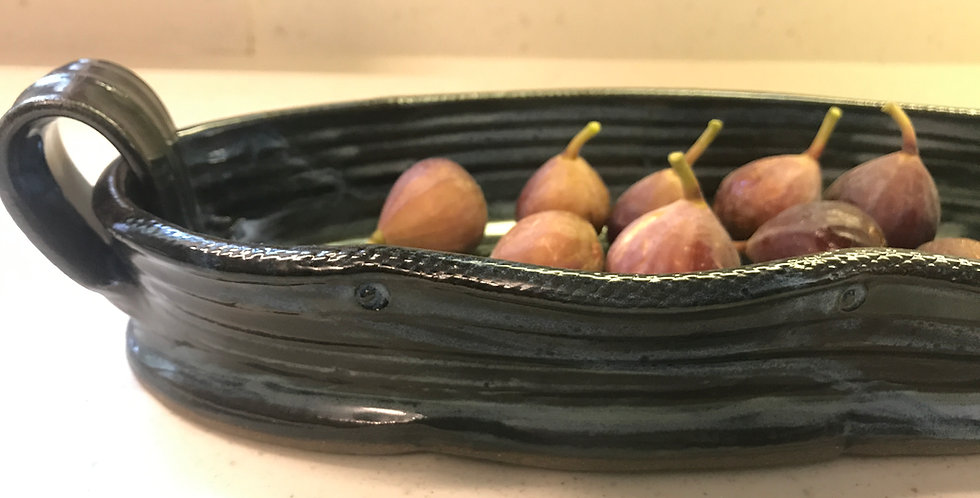 oval serving dish with handles