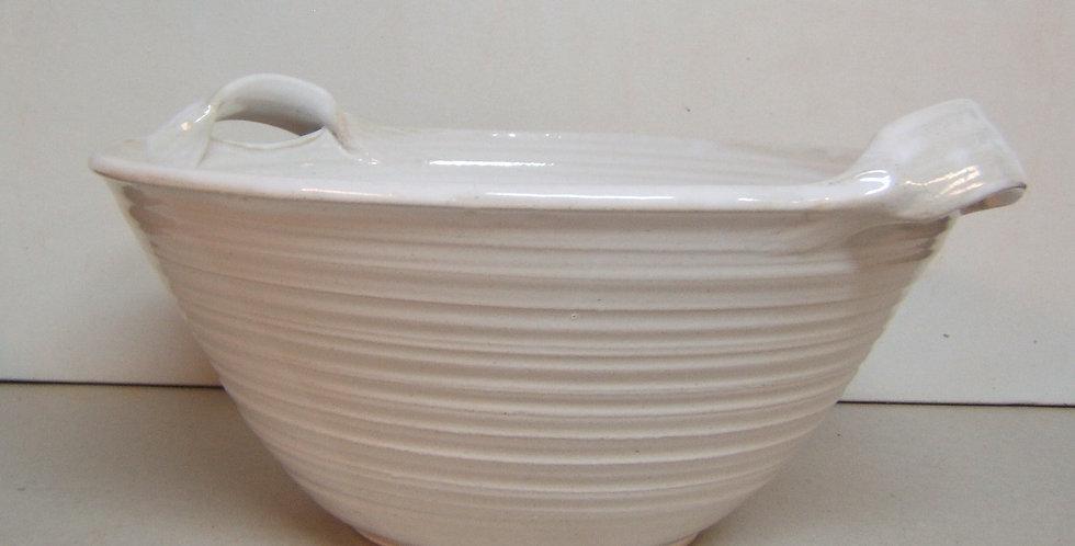 large serving bowl w/ handles