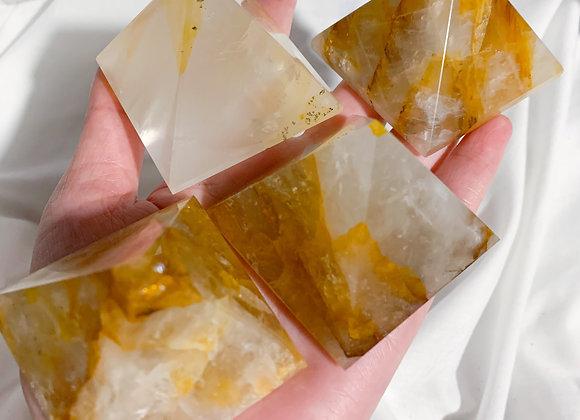 Golden Healer Pyramid (Medium)