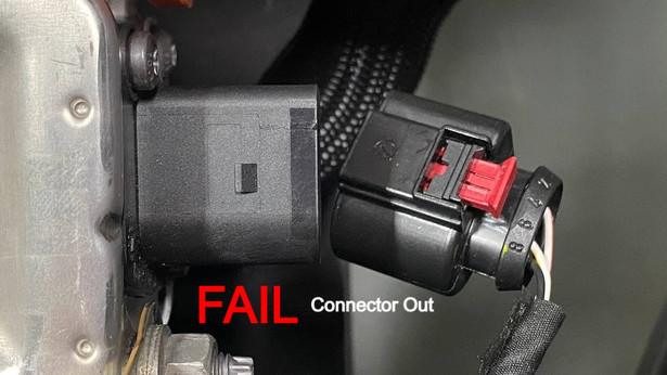 Connector -FAIL (connector out)_edited.j