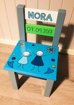 Dåpsgave (malt på stol)