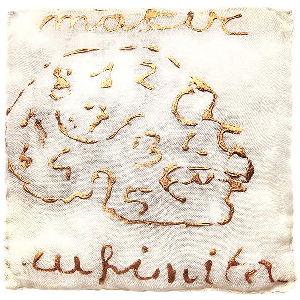 3  Morbidi, 1980, organza, bambagia, oro