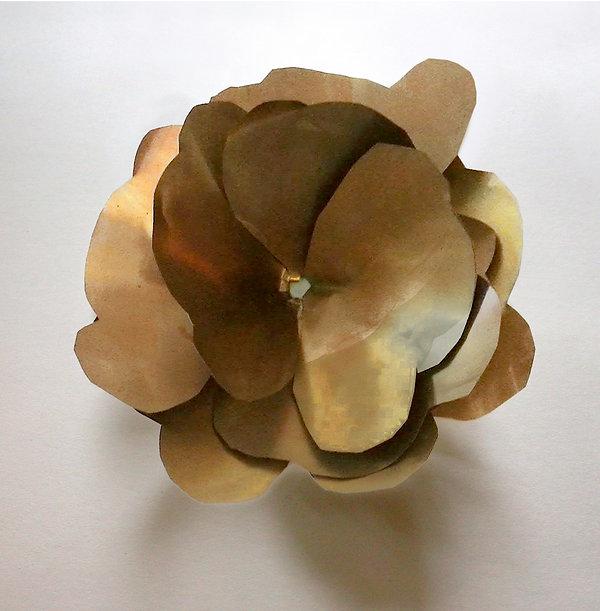 3 Giardino,  2003, ottone, 18x18x7 cm  .