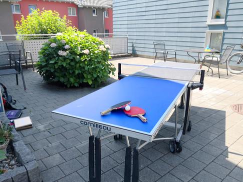 halber Tischtennistisch
