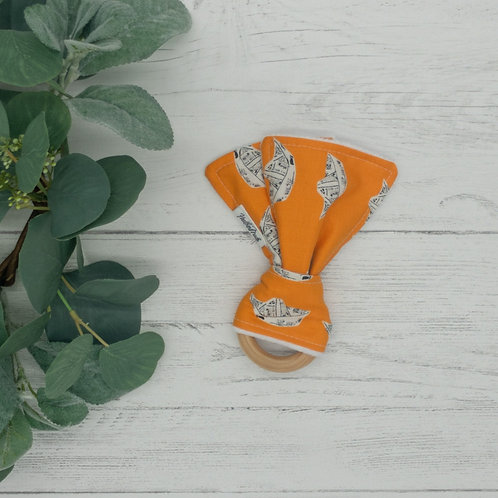 Newspaper Boats Teething Ring