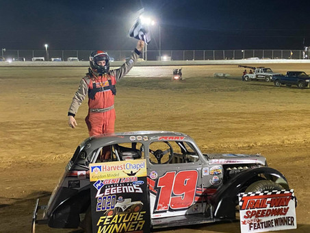 Travis Perry Wins at Trail-Way Speedway