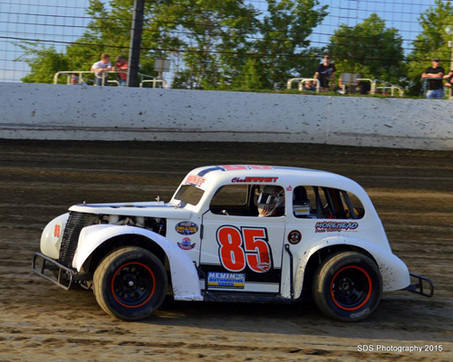 Chad Earnst Picks Up His Fourth Win of the Season at Trail-Way Speedway!