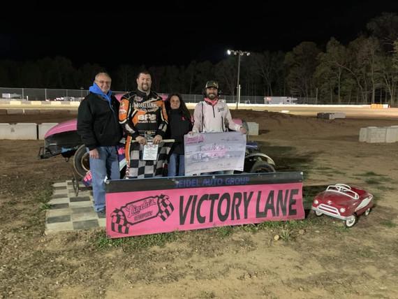 McClelland Wins Earman Fulk Memorial at Linda's