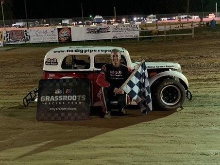 Chris McKinney wins final race of 2019 at Linda's Speedway; Austin Bellemare claims Houdeshell H
