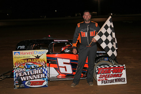 Scott Houdeshell Victorious At Trail-Way Speedway