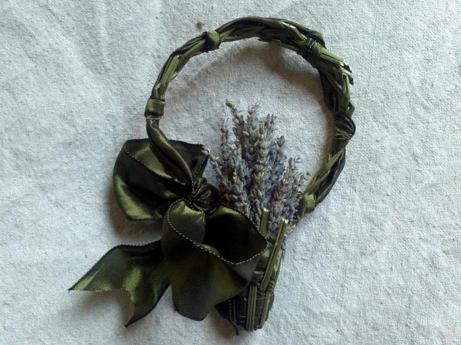 Lavender Wreath weaving
