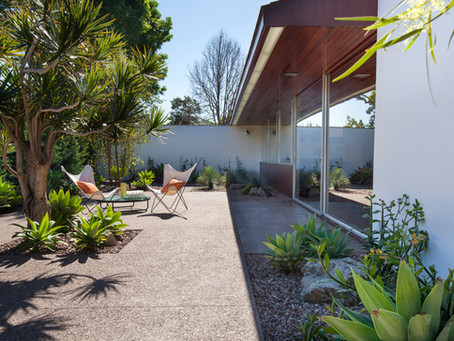 Los Angeles Conservancy Award for Neutra's Hafley House