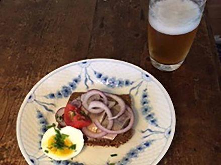 Frokost til Herren/ Lunch for the Husband! ;-)