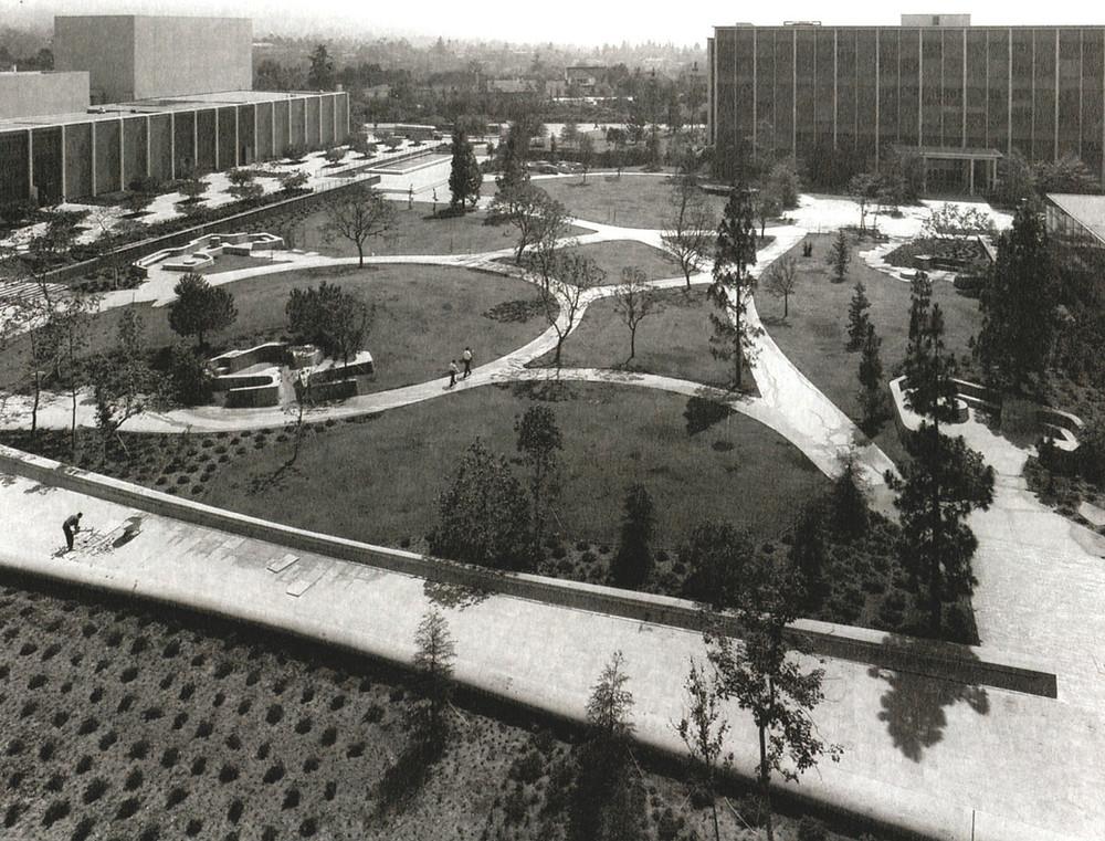 The Franklin D. Murphy Sculpture Garden at UCLA Completed