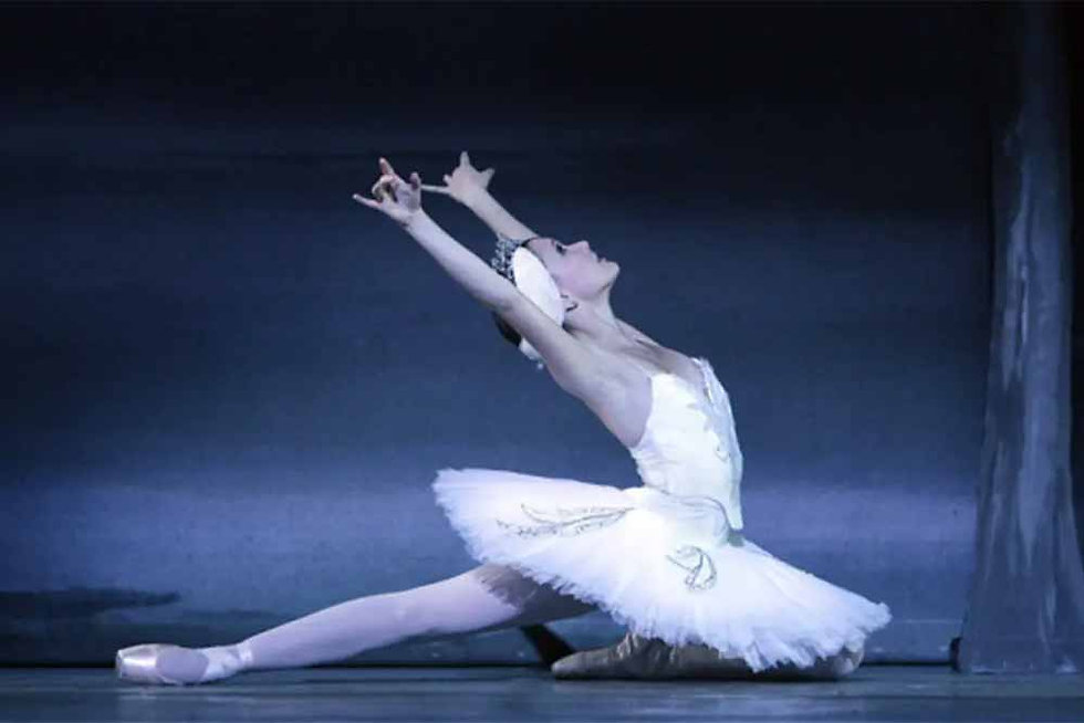 Behind the Scenes with Swan Lake 2012 - Episode 4