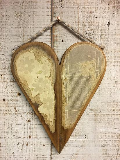 Wooden Daisy Heart Hanging