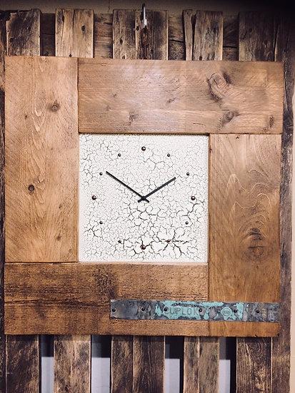 Vintage Crackle Puzzle Clock