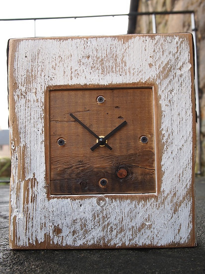 White Beach Mantle Clock