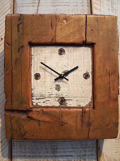Natural Beach Mantle Clock