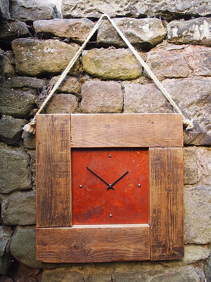 Vintage Rustic Puzzleteen Clock