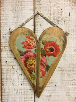 Wooden Floral Heart1