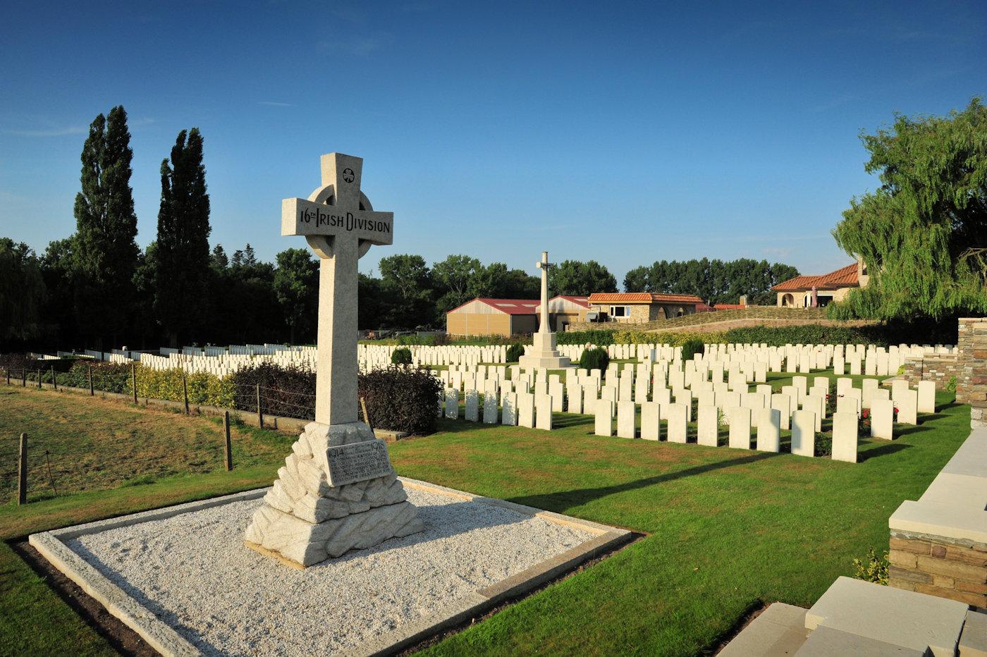 Belgium-Ypres-military  cemetries-Aug13-