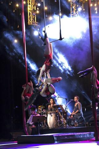 Cia de Circo Luana Serrat.__Foto_ Adenor