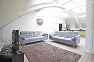Student-letting-agent-living room  1.JPG