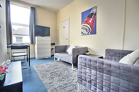 Student-letting-agent Living Room 1.jpg