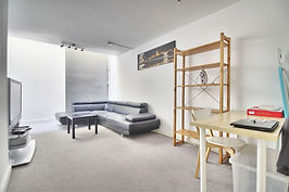 Student-letting-agent living room 1 1.jp