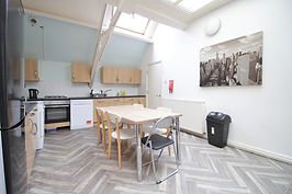 Student-lettings-kitchen 3.JPG