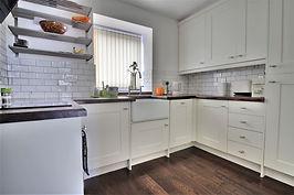 Kitchen-hillsborough-s6-letting-professi