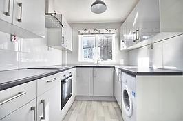 Student-lets kitchen 2.jpg