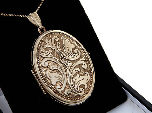 9ct Yellow Gold Large Locket & Chain