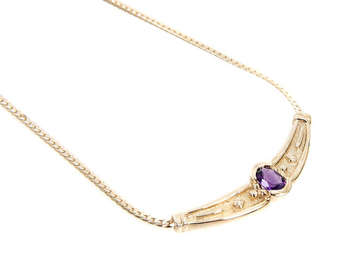 9ct Yellow Gold & Amethyst Necklace . 5.9gms