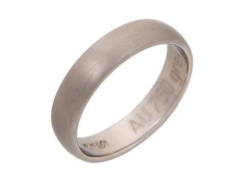 18ct White Gold Wedding Band  4.5mm Uk Size M