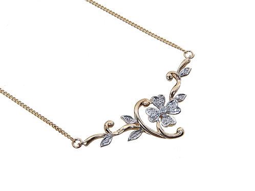 18ct Yellow Gold Diamond Flower Necklace