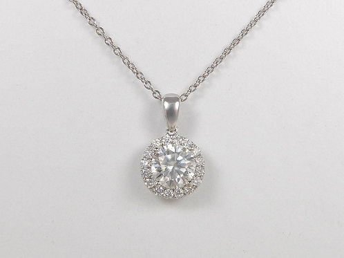 18ct White Gold Diamond Halo Pendant & Chain Superb Colour & Clarity