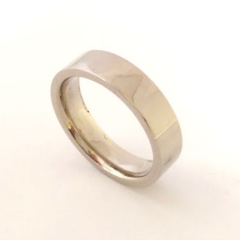 18ct white gold wedding band 9.7gms Uk  Size N