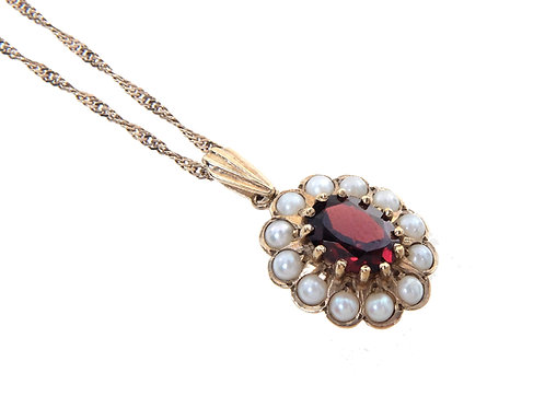 9ct Yellow Gold Garnet & Seed Pearl Pendant & Chain