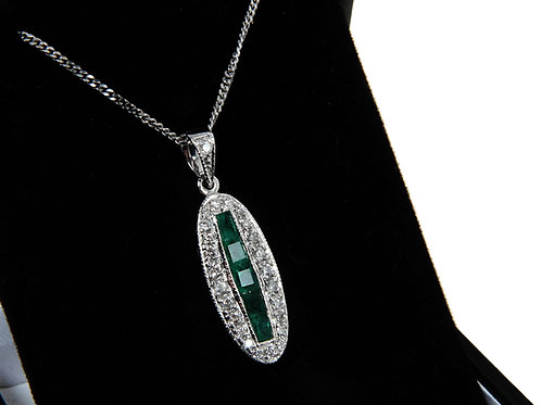 18ct white gold emerald & diamond necklace