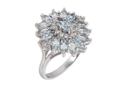 18ct White Gold Aqua Marine & Diamond Large Dress Ring .
