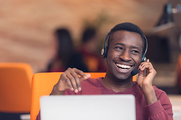Customer Service agent in an startup off