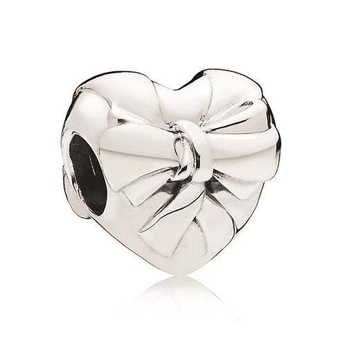 Pandora Brilliant Heart Bow Charm