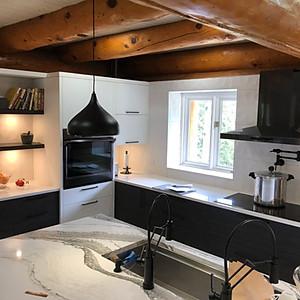 Kitchen/Mainfloor