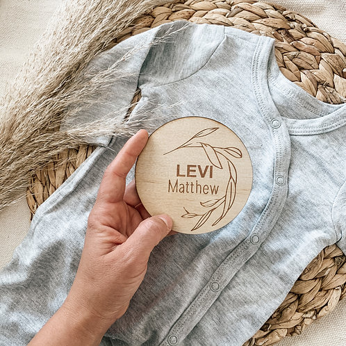 Lazy Leaf Personalized Wooden Disc